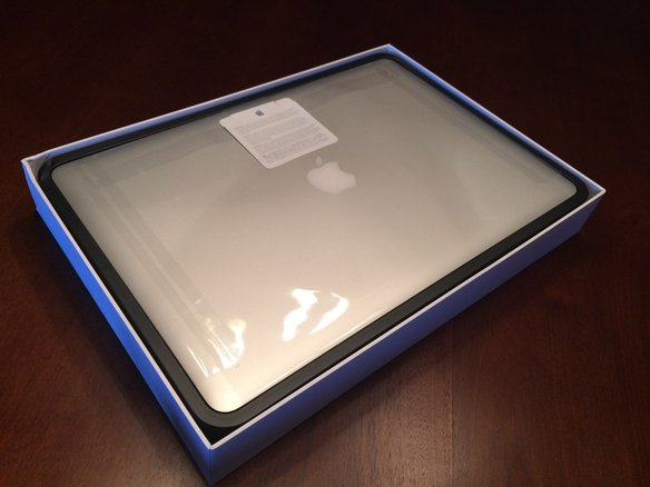 Apple_MacBook_Pro_with_Retina_display_15_4_Laptop_-_ME294LLA__October__2013__large
