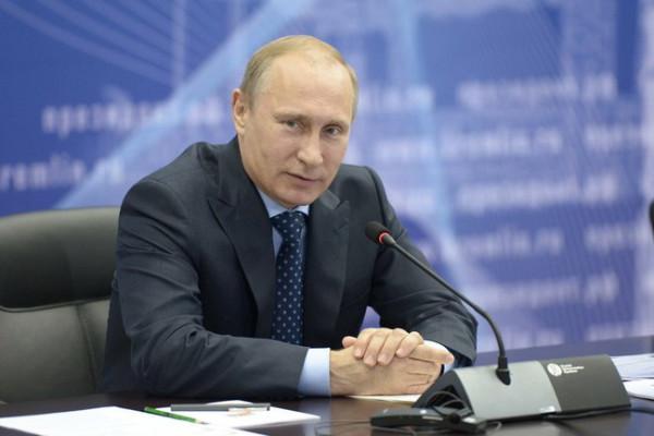Владимир Путин на совещании по вопросу социально-экономического развития Самарской области