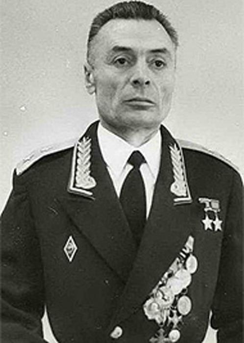 Дважды Герой Советского Союза - Василий Степанович Петров!