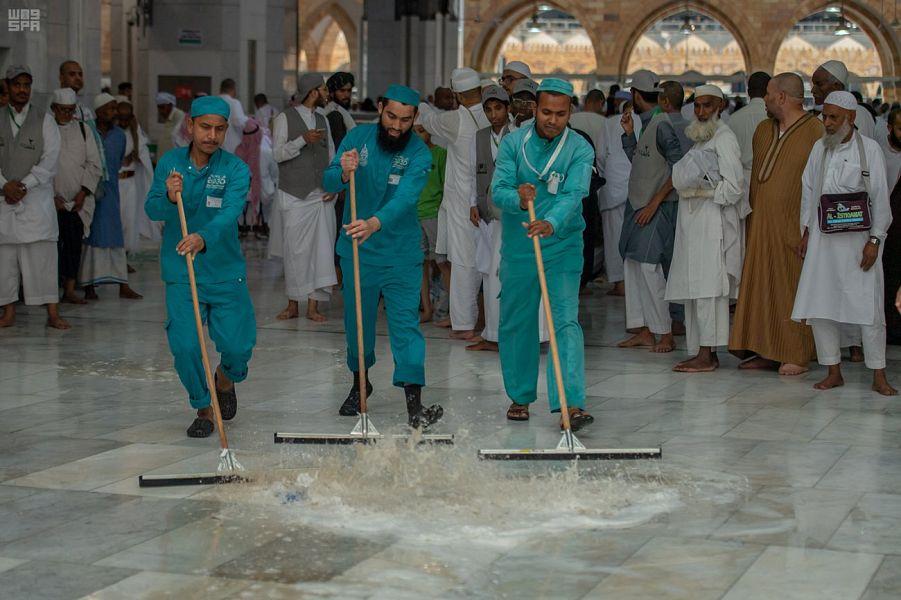 Комитет по делам Заппретной Мечети мобилизует более 2000 рабочих во время дождей над Запретной Мечетью