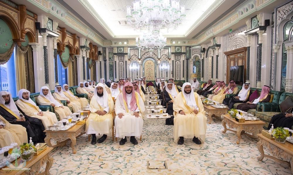 Служитель Двух Святынь принял наследного принца Дубая и главу Совета безопасности Кувейта