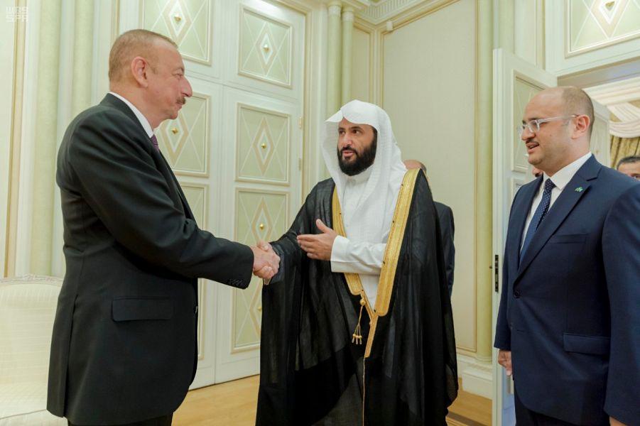 Президент Азербайджана принял Министра юстиции
