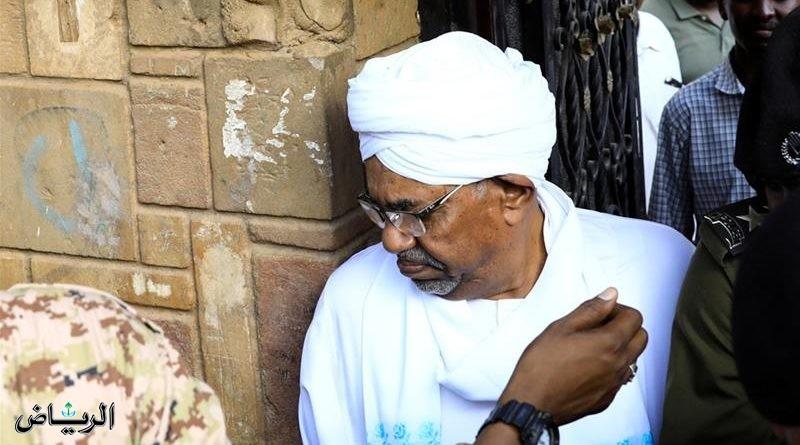 Умар аль-Башир предстал перед Высшим судом по обвинению в коррупции