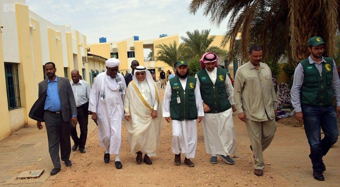 Бригада Центра гуманитарной помощи им.Короля Салмана передала помощь больницам и медицинским центрам Хартума
