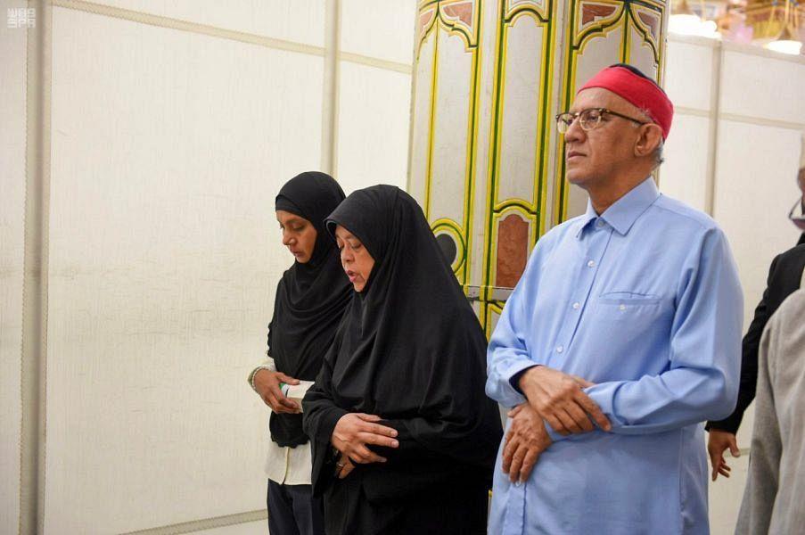 Президент Республики Сингапур посетила мечеть Пророка
