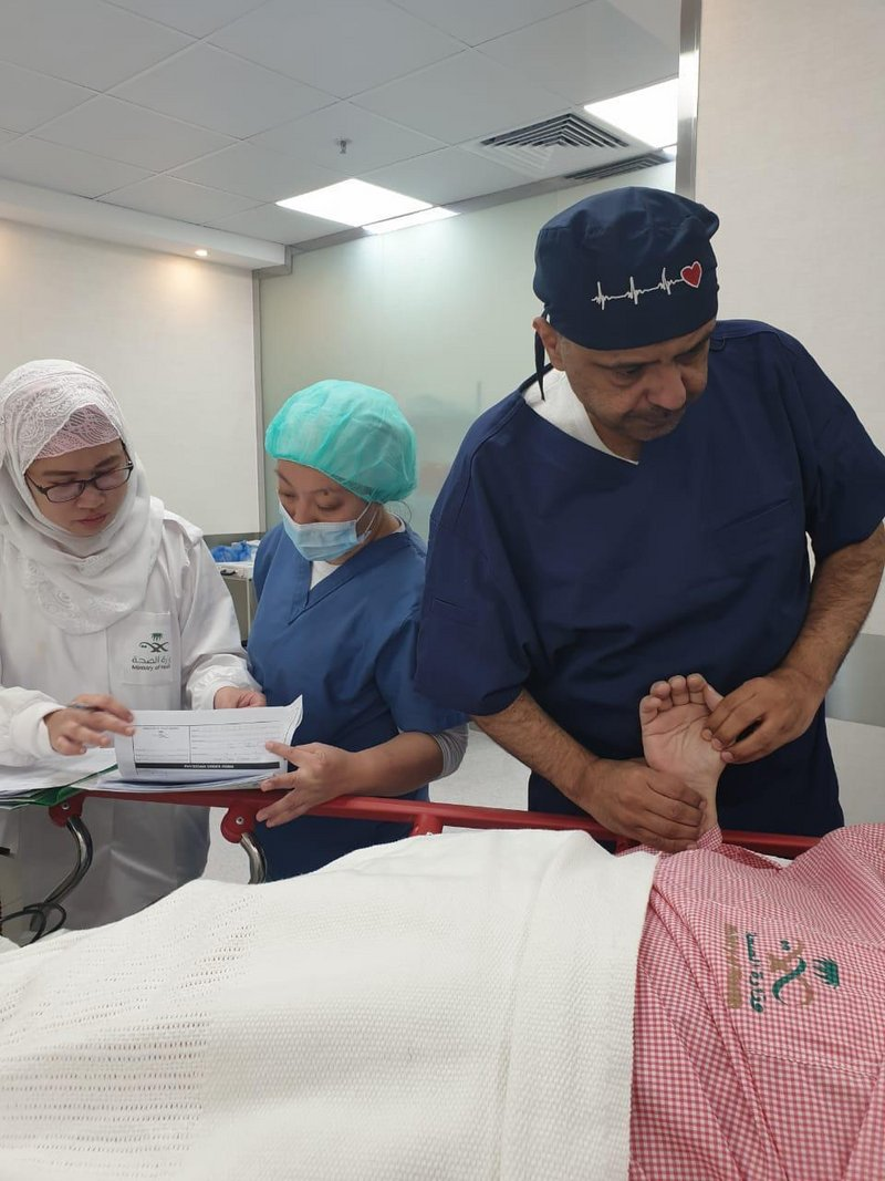 Департамент  здравоохранения провинции Асир объявил о первой успешной  эндоваскулярной операции на сердце в Кардиоцентре им.Фейсала бин Халида в  Абхе