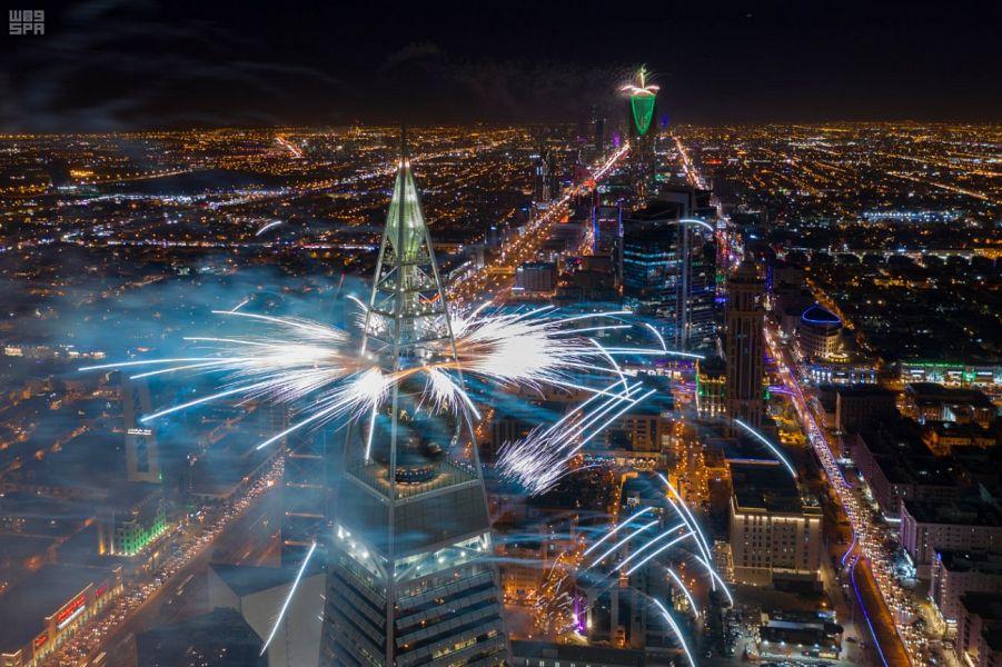 Мероприятия «сезона Эр-Рияда» включают в себя фейерверки — креативное зрелище в небе столицы