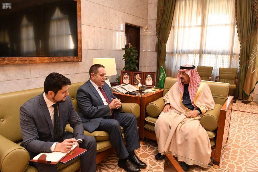 Губернатор Эр-Рияда принял посла России в Королевстве