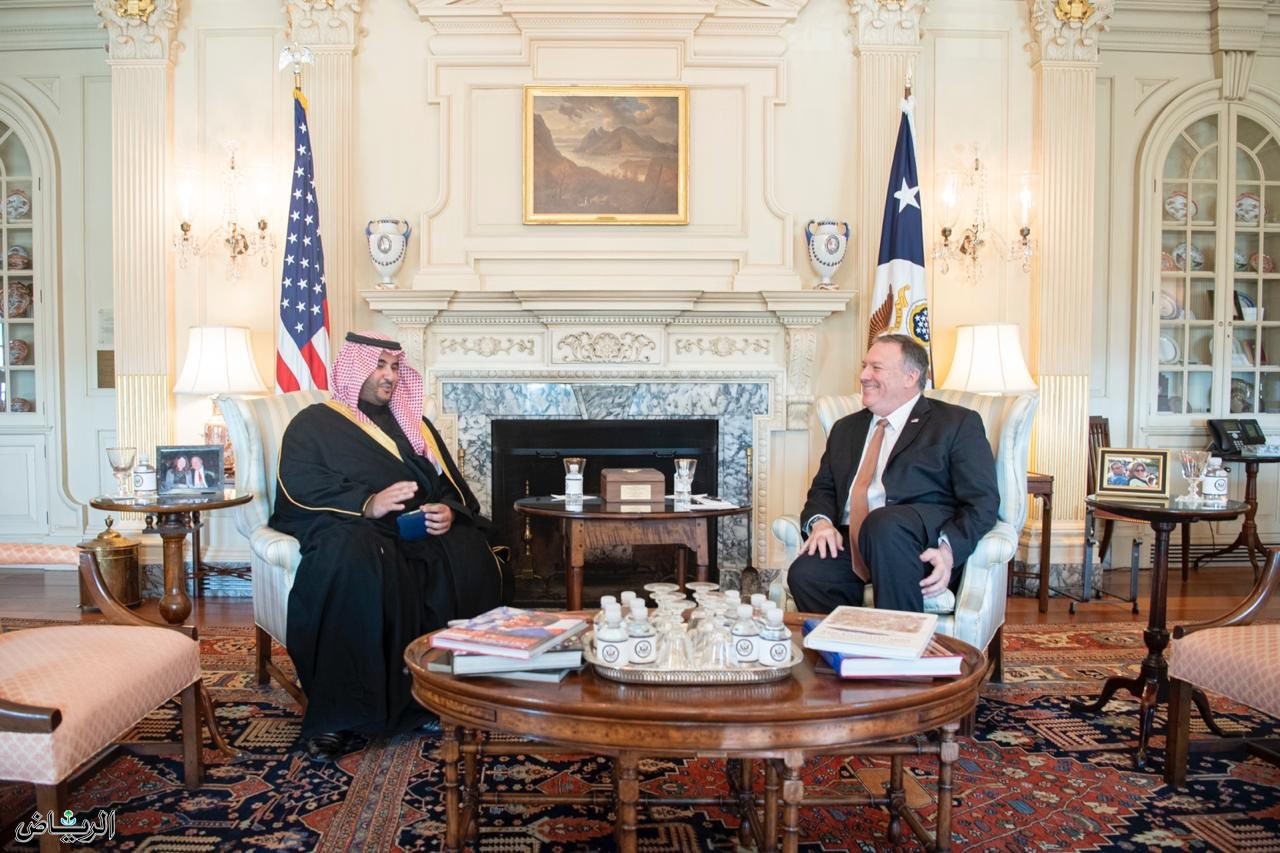 Принц Халид бин Салман обсудил с госсекретарём США М.Помпео сохранение мира и безопасности