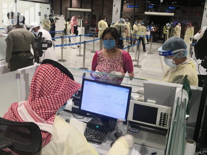 Аэропорт Абхи принял 213 медсестёр, прибывающих из Индии