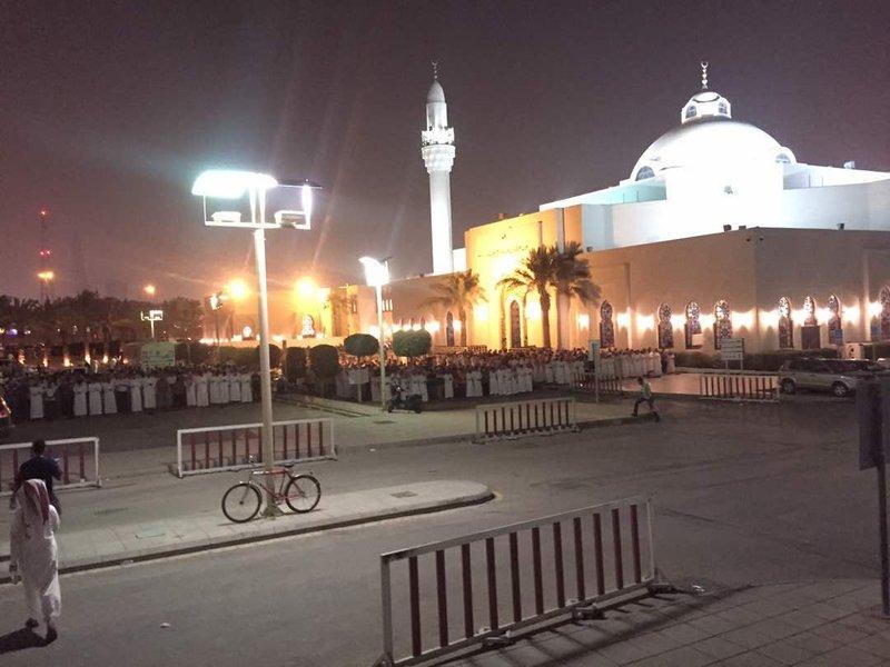 Мечеть им.Короля Халида в Эр-рияде 27 рамадана наполняется тысячами молящихся
