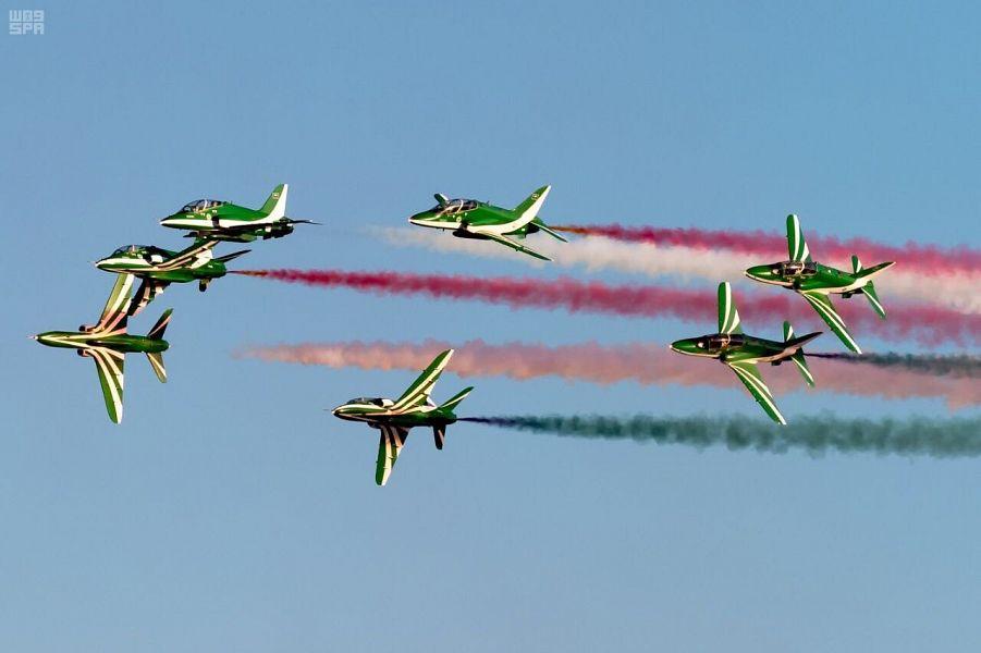 «Саудийские ястребы» украсили небо над Исламабадом в 70-ую годовщину независимости Пакистана