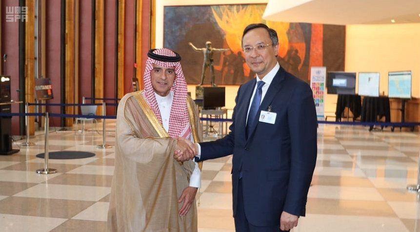 Министр иностранных дел встретился с министром иностранных дел Казахстана