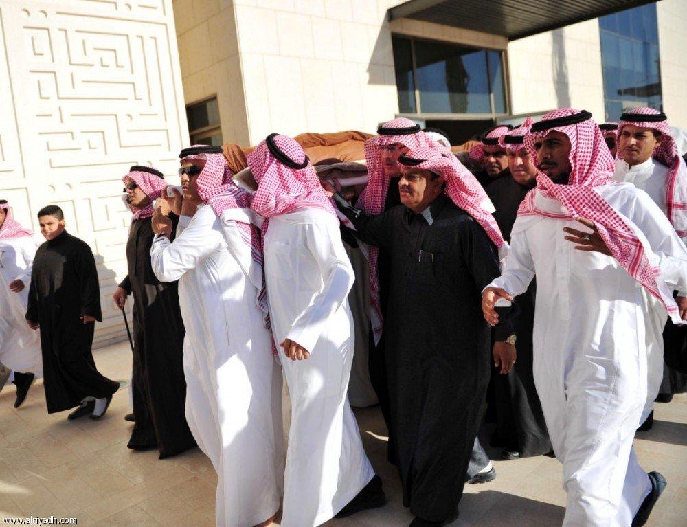 Отечество прощается с поэтом и писателем Абу Бакром Салимом