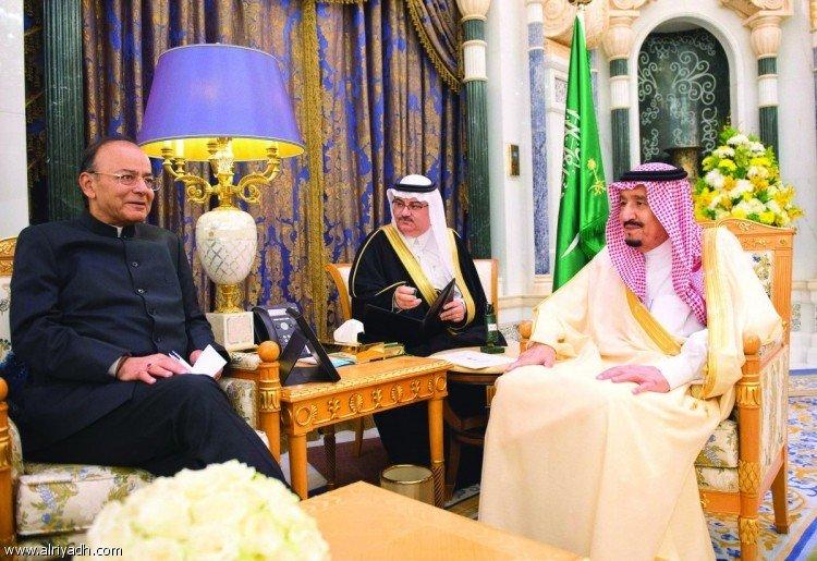 Служитель Двух Святынь обсудил пути укрепления отношений с министром финансов Индии