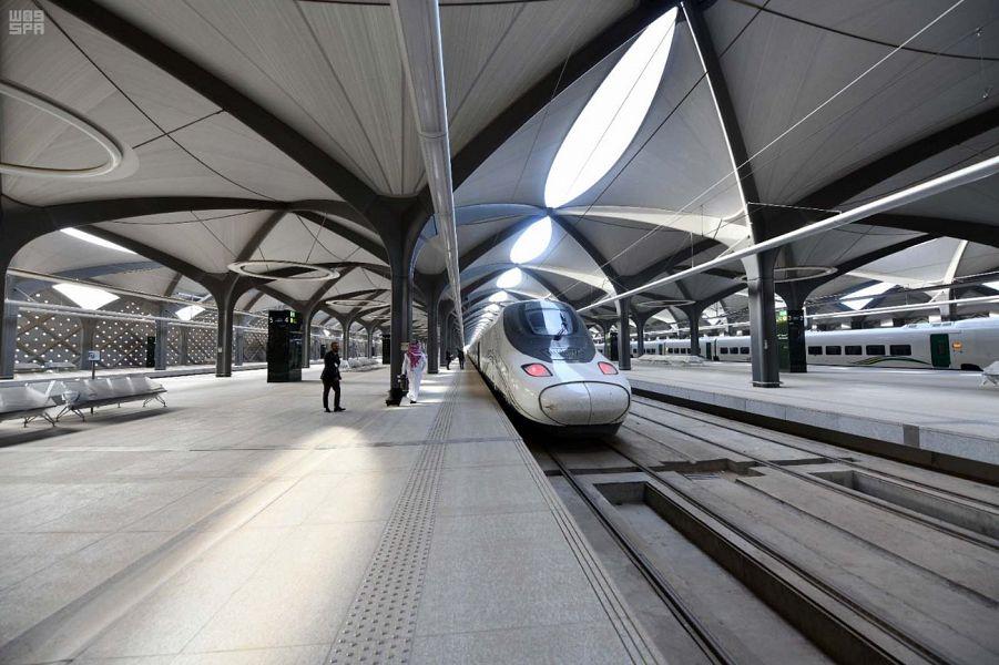 Делегация Комиссии по развитию Лучезарной Медины участвовала в пробном рейсе скоростного экспресса «Двух Святынь»