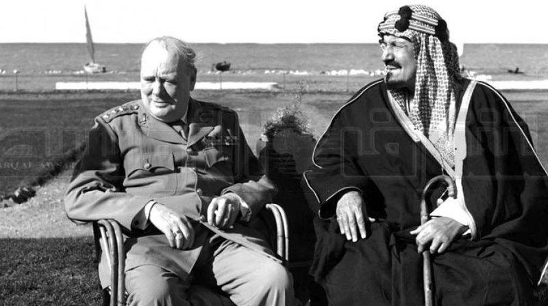 Король Саудовской  Аравии Абдулазиз ал-Сауд и У.Черчилль на берегах о.Карун в Египте