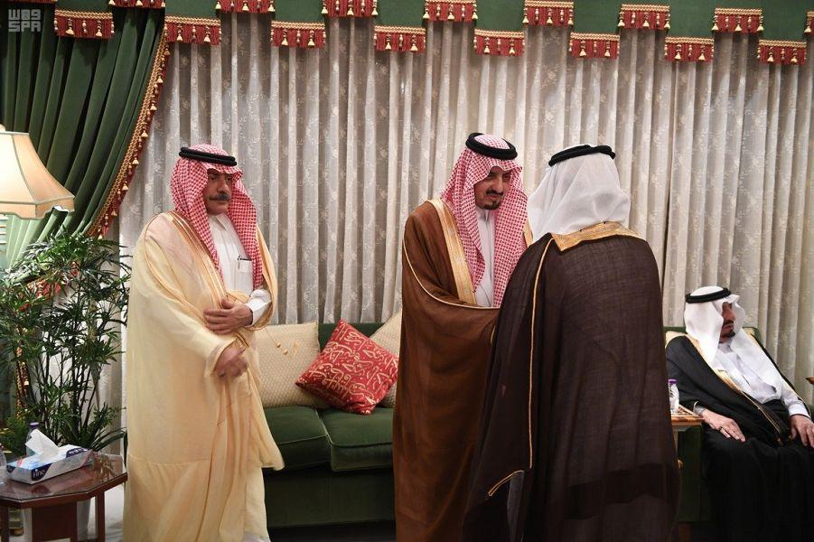 Губернатор провинции Асир принял в Джидде соболезнующих ввиду кончины принца Бандара бин Халида бин Абдулазиза