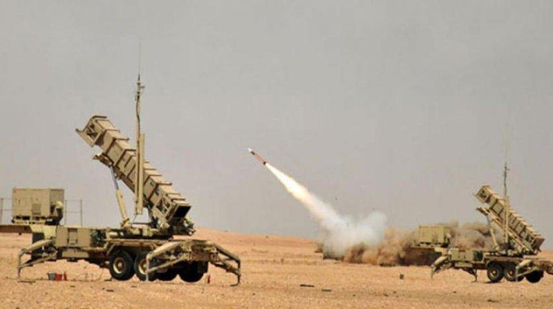 Саудийская ПВО сбила баллистическую ракету, выпущенную в направлении Наджрана