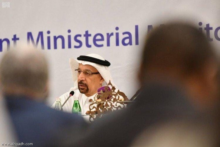 Министр аль-Фалих: государства, участвующие в соглашении о сокращении нефтедобычи продемонстрировали высокую приверженнось договорённостям