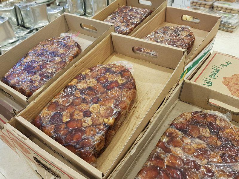 Рамадан оживляет рынки фиников в Благородной Мекке