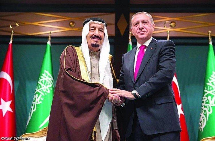 Служитель Двух Святынь совершил телефонный звонок президенту Турции