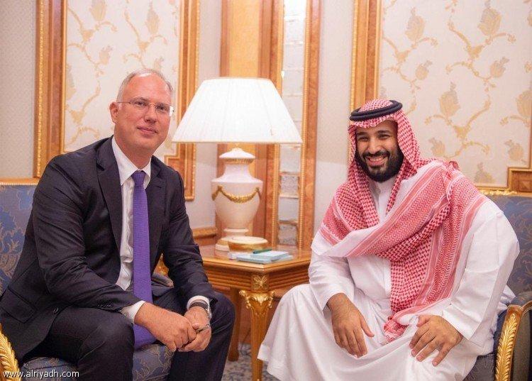Наследный принц встретился с главаой российского инвестиционного фонда