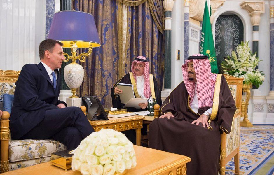 Служитель Двух Святынь и наследный принц приняли  министра иностранных дел Британии