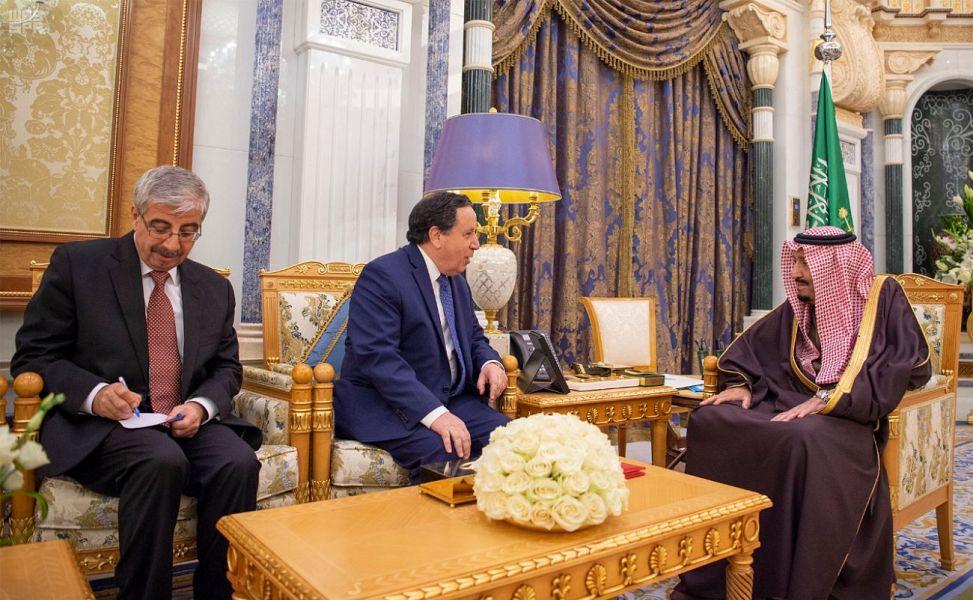 Служитель Двух Святынь получил послание от президента республики Тунис