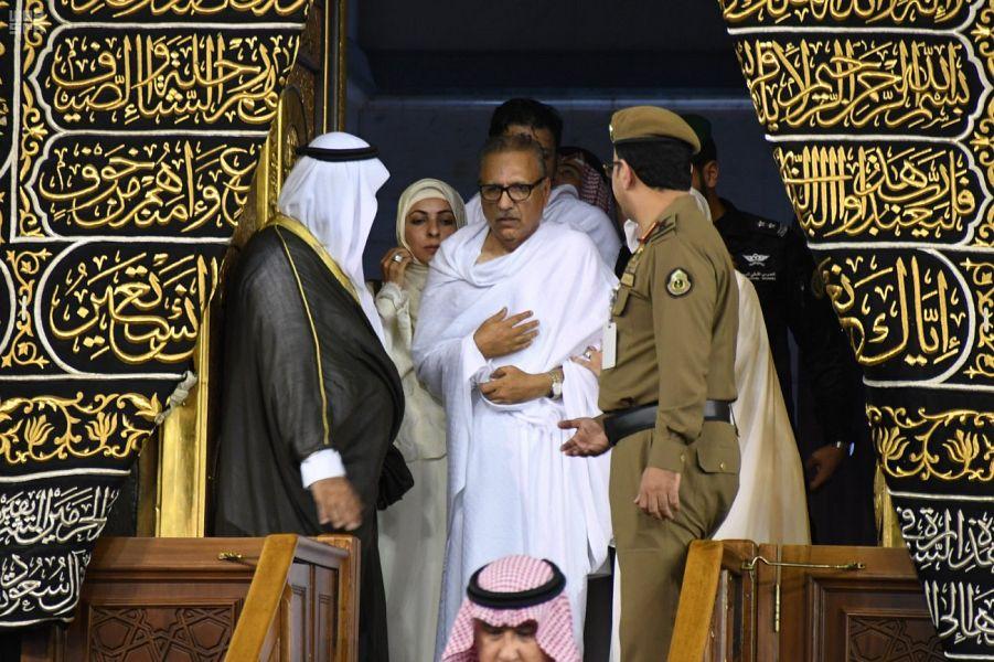Его Честь президент Исламской республики Пакистан исполнил обряды Умры