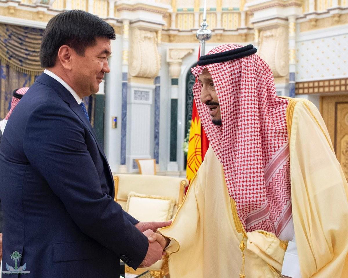 Служитель Двух Святынь принял премьер-министра Кыргызстана и председателя Совета безопасности Кувейта