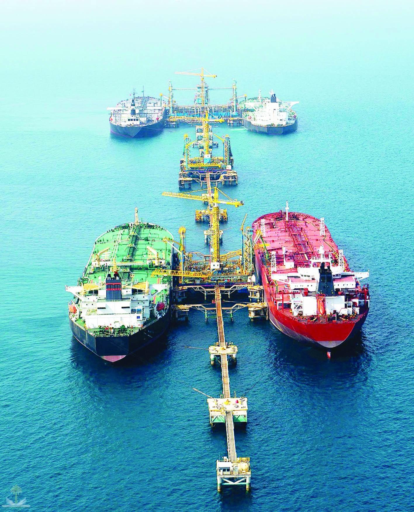 Добыча нефти в Саудии упала до минимального в течении 2 лет уровня