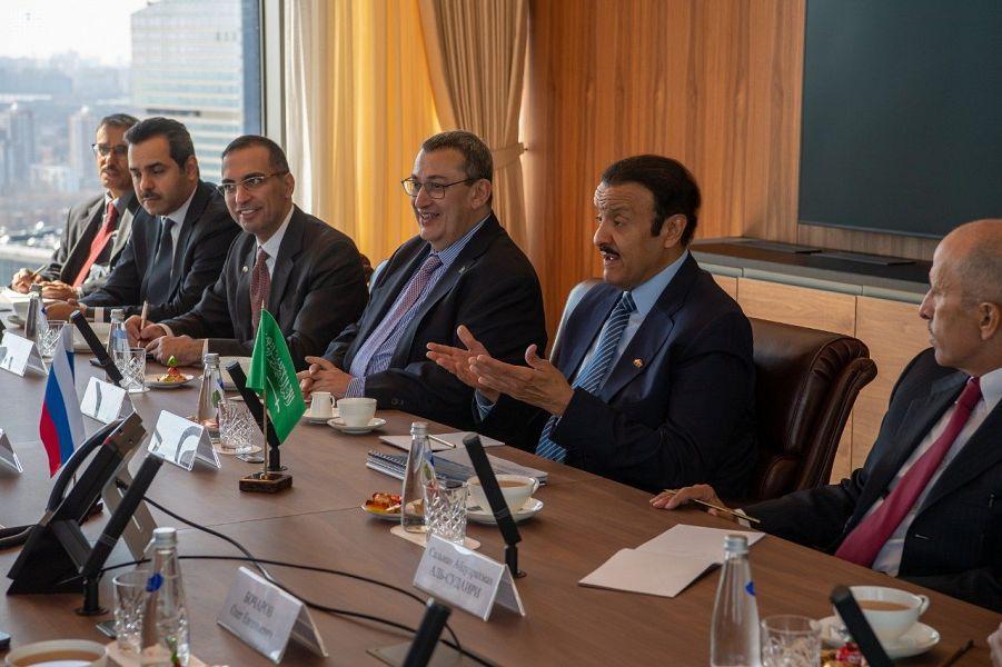 Принц Султан бин Салман встретился с Министром торговли и промышленности России