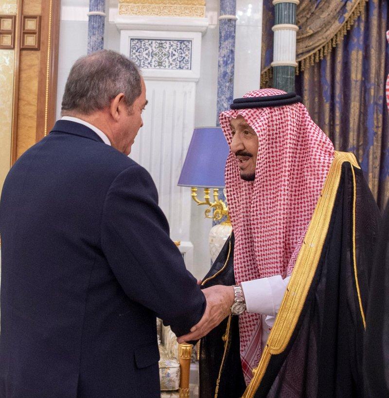 Служитель Двух Святынь принял Министра иностранных дел Алжира