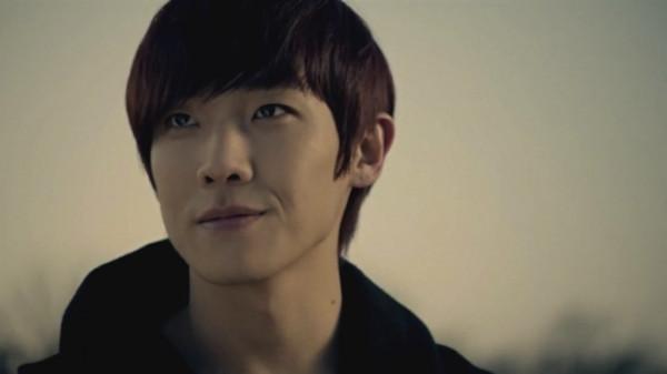 lee-joon2