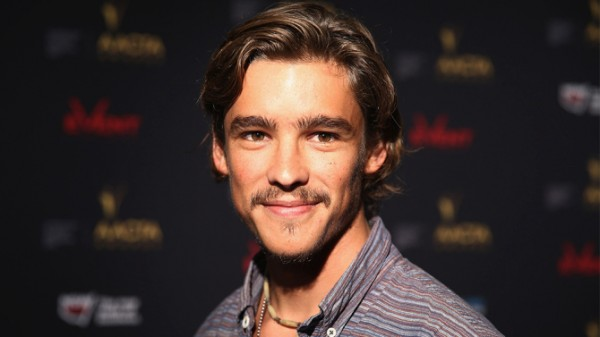 brenton-thwaites-pirates-of-the-caribbean
