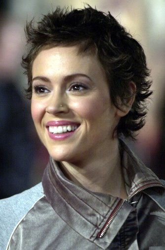 short-curly-hairstyle-3