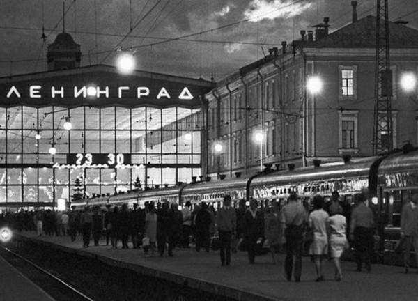 картинка_ссср_московский_вокзал_ленинград
