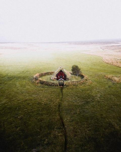 картинка_одиночество_домик