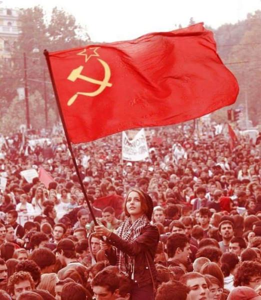 флаг_ссср_толпа