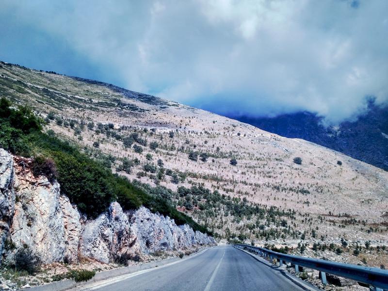 Дороги Албании
