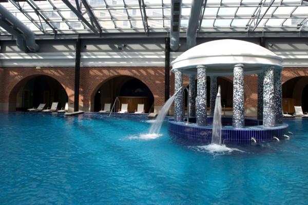/swimming_pool/