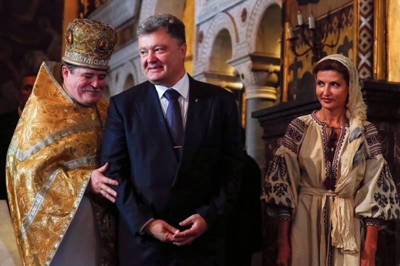 Закрой за мной дверь, я ухожу! Петро Порошенко все погромче дверью Украины