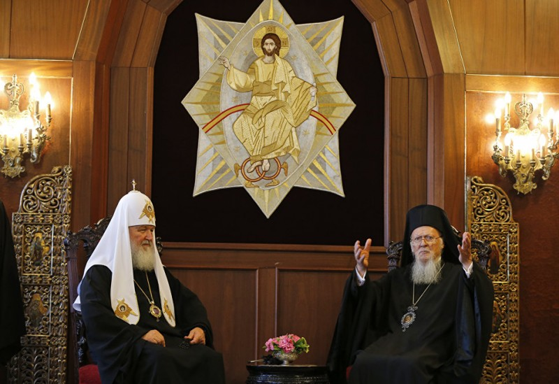 Брат брата предал или политика сильнее религии