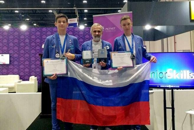 Учащиеся из Челнов стали серебряными призёрами на JuniorSkills