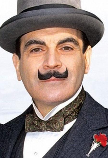 Президент Татарстана Рустам Минниханов примерил усы