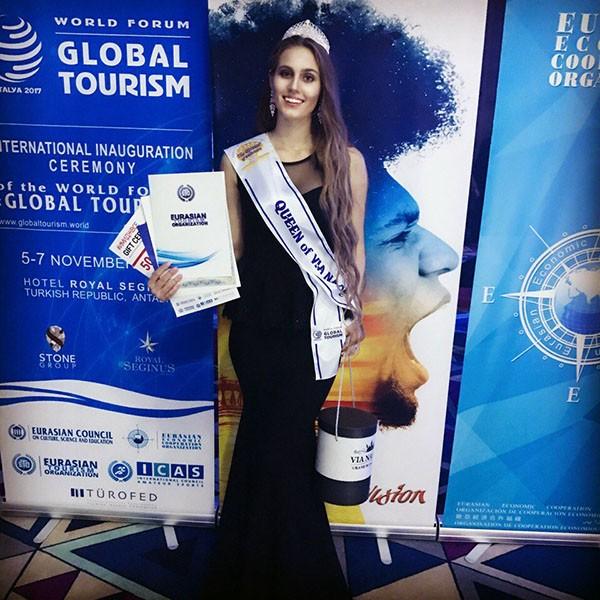 Девушки из Татарстана завоевали титулы на конкурсе «Королева Евразии-2017»