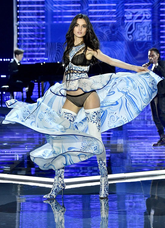 «Мисс Татарстан-2010» не пустили в Китай для участия в шоу «Victoria's Secret»