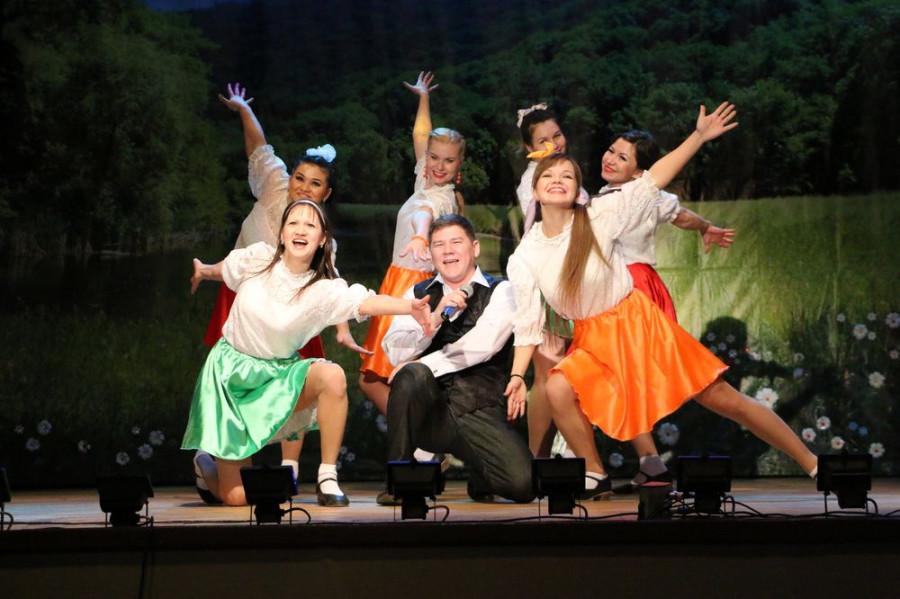 Прессово-рамный завод представил свой концерт «Автоград»