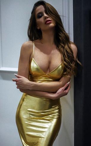 Новогодний образ от «Девушки года Playboy»